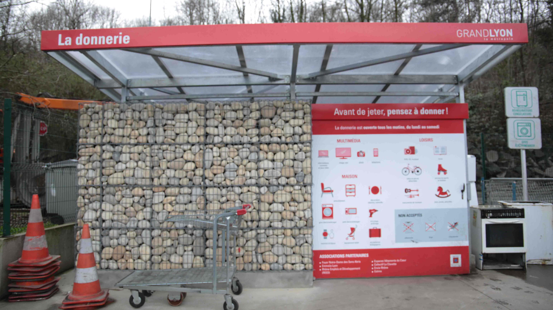 Donnerie de la déchèterie du 9e arrondissement de Lyon / © Mélany Marfella