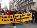 La banderole du collectif #OnVautMieuxQueÇa s'est invitée en tête du cortège lyonnais. ©LB/Rue89Lyon