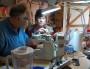 À Villeurbanne, un atelier de bricole pour contourner l'obsolescence programmée