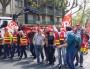 Le 17 mai, une ligne de cégétistes coupait en deux la manif. ©LB/Rue89Lyon