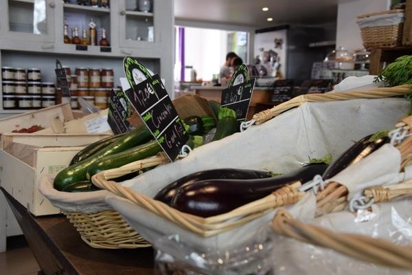 Tousles produits sont issus de petite exploitation locale ©SS/ Rue89 Lyon