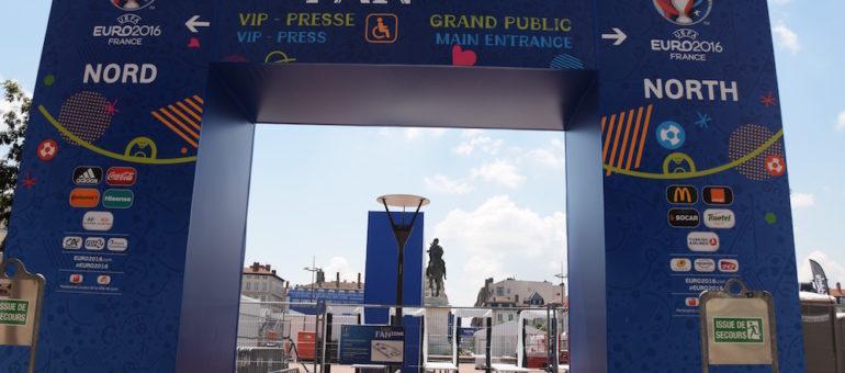 Finale de la coupe du monde : la Ville de Lyon change d'avis et installera un écran géant place Bellecour