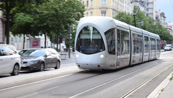 Pic de pollution à Lyon : à quand les transports en commun gratuits ?