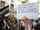 Une mère venue manifester pour soutenir son fils interdit de manifester ce 5 juillet © SS/Rue89 Lyon