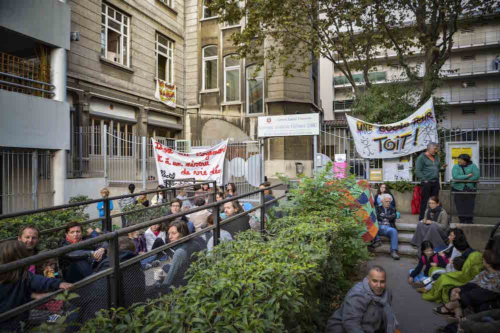 Rassemblement devant l'école Gilbert Dru le 28 septembre. ©Denis Lafontaine