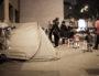 Les demandeurs d'asile sont installés sous des tentes à l'angle de l'avenue Garibaldi et de la Grande Rue de la Guillotière. Photo Arnaud