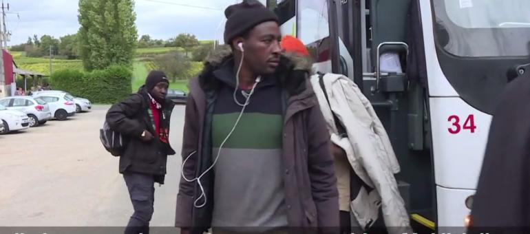 «Bienvenue aux migrants»? Comment la grande région accueille les arrivants de Calais