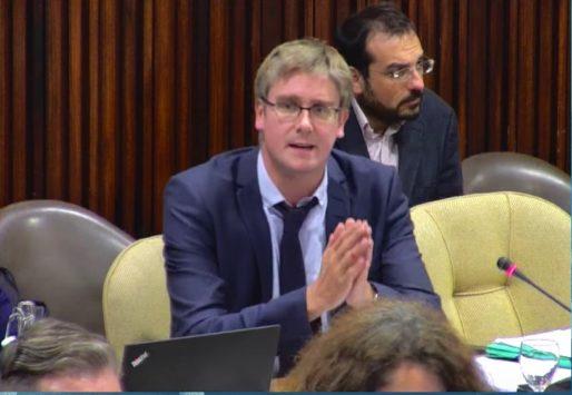 Olivier Noblecourt, élu d'opposition socialiste et ancien adjoint aux affaires sociales de Grenoble, lors du conseil municipal de septembre 2016. Crédit : Ville de Grenoble.