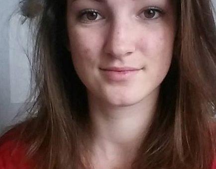 Justine, militante du NPA, préfère l'abstention à Philippe Poutou