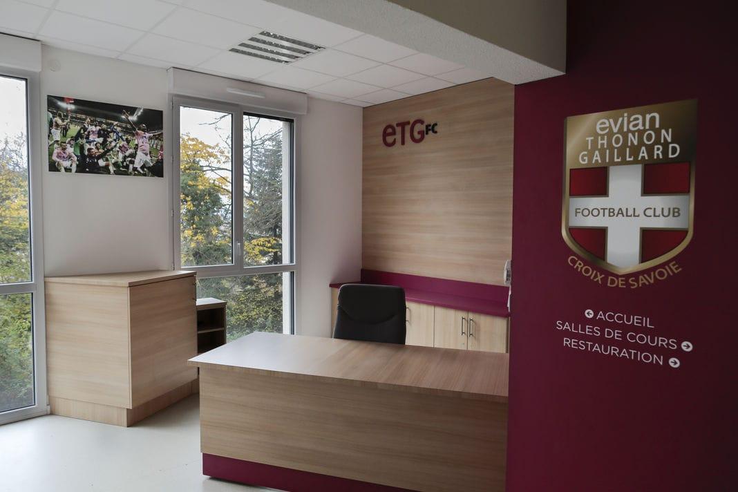 Le centre d'entraînement et de formation d'Evian Thonon Gaillard. © CHRISTOPHE STRAMBA-BADIALI POUR LE MONDE
