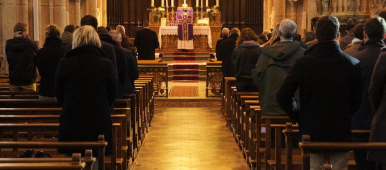 Le père Preynat condamné par l'Eglise et réduit à l'état laïc