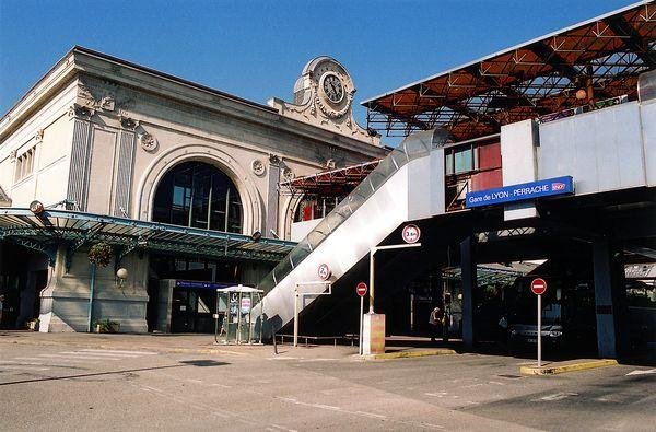 Gare Perrache.