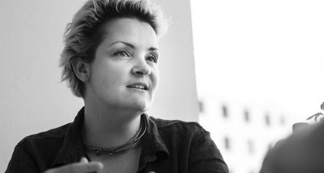 Flore: « C'est l'occasion de redistribuer les cartes en faveur d'artistes locaux »
