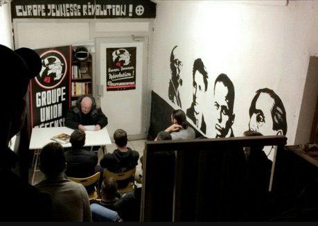Le GUD mène une action violente à la permanence d'En Marche ! à Lyon
