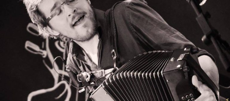 C'est bien beau d'être artiste #27 : Lucas Thébaut, accordéoniste élastomère aux Funambals