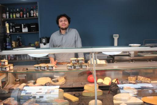 Marc Jorcin dans son restaurant-traiteur l'Altitude