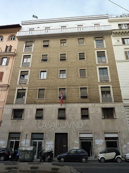 Le squat italien de la Casapound.