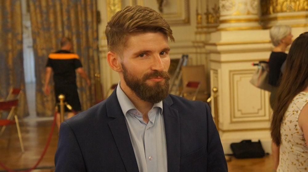 Damien Monchau au 2ème tour des législatives à la préfecture du Rhône le 18 juin 2017. ©HH/Rue89Lyon