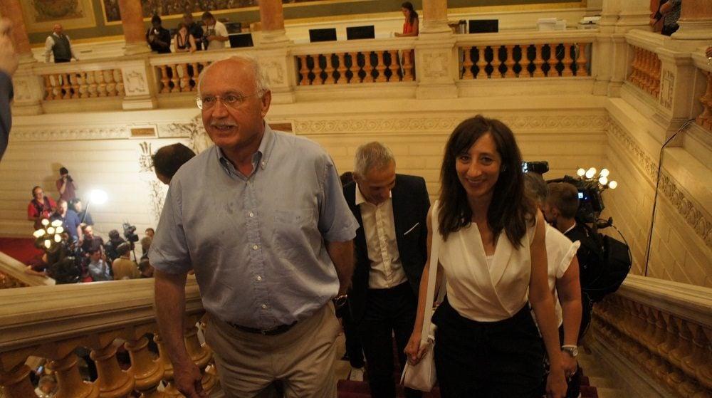 Jean-Louis Touraine et Anissa Khedher au 2ème tour des législatives à la préfecture du Rhône le 18 juin 2017. ©HH/Rue89Lyon
