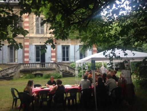 Pique-nique à la villa Monoyer organisé par le Pari Solidaire Lyon