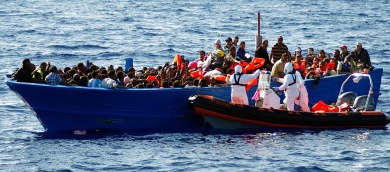 Collecte anti-réfugiés : PayPal a (enfin) gelé le compte des identitaires