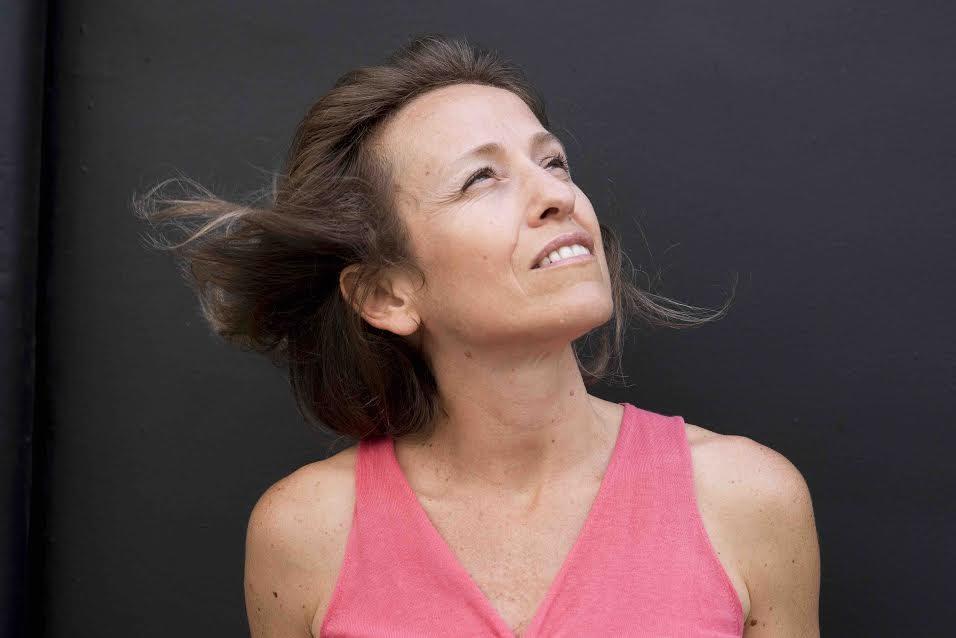 La journaliste et écrivaine Flore Vasseur ©Hannah Assouline Etoile
