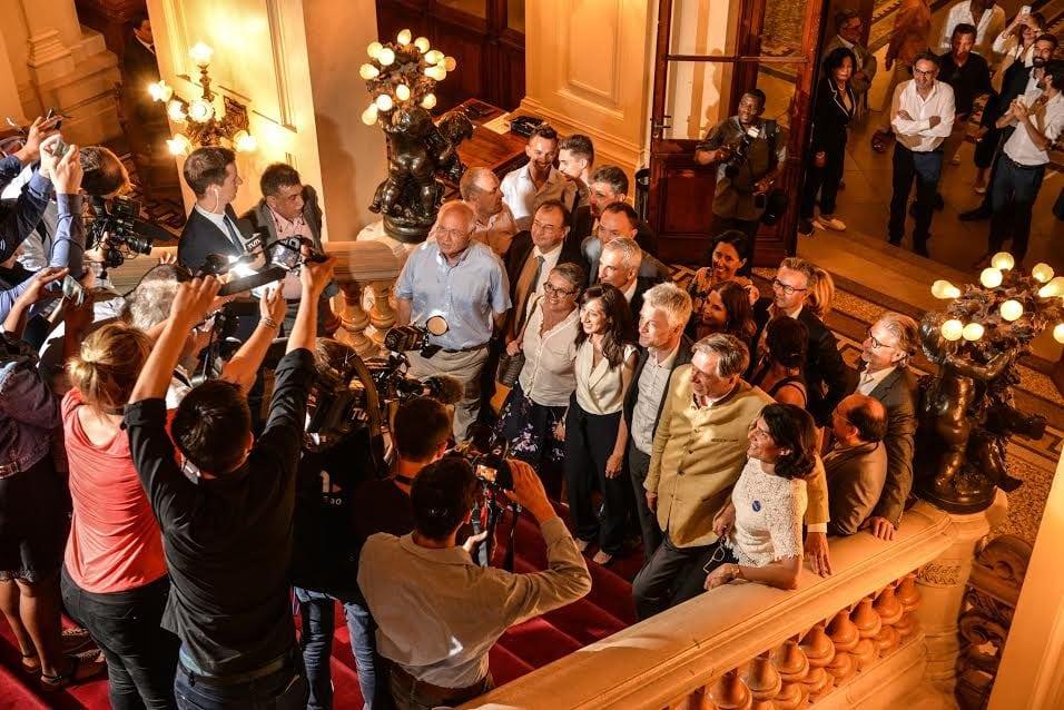 L'arrivée des députés LREM à la préfecture du Rhône au 2ème tour des législatives le 18 juin 2017. ©Éric Soudan