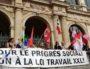 La banderole de l'intersyndicale devant le palais de la Bourse à Lyon, le 19 octobre, contre les ordonnances réformant le code du travail. ©LB/Rue89Lyon