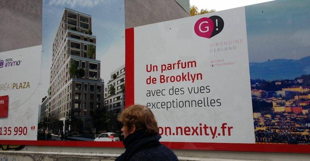 """""""Un air de Brooklyn"""". Le Panneau du projet immobilier de Nexity à Gerland. ©LB/Rue89Lyon"""