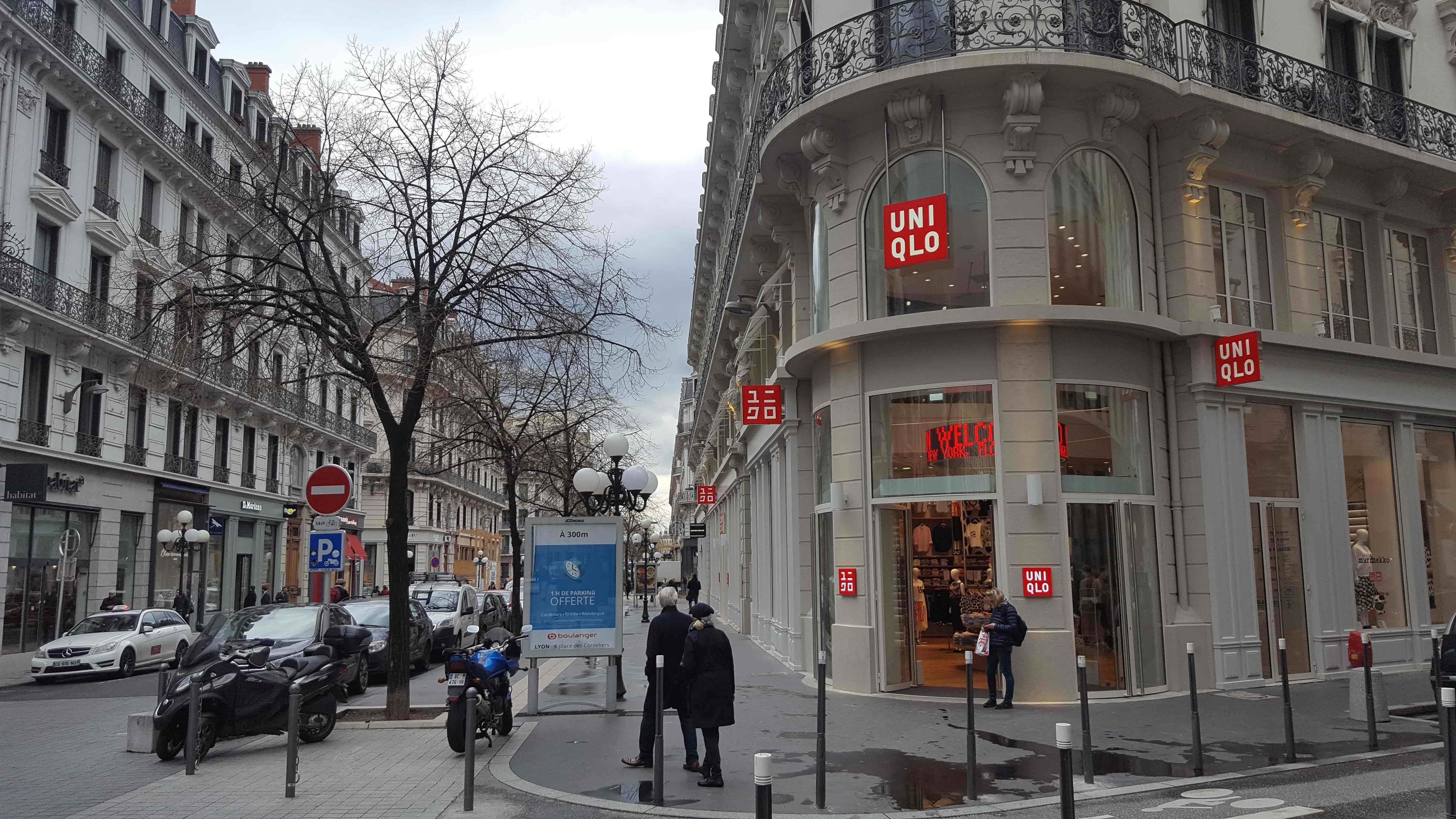 c7354c30994 Le magasin Uniqlo au début de la rue Grolée à Lyon. Photo BE Rue89Lyon