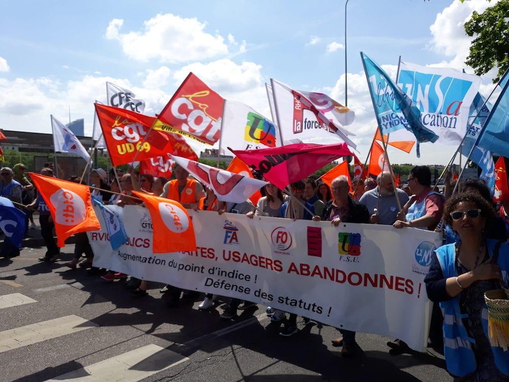 Banderole de tête de la manifestation de la fonction publique le 22 mai à Lyon ©LB/Rue89Lyon