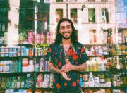 "Çagan Tchané Okuyan, artiste turc installé en France qui réalise le projet ""Kebab Project"". Photo DR"