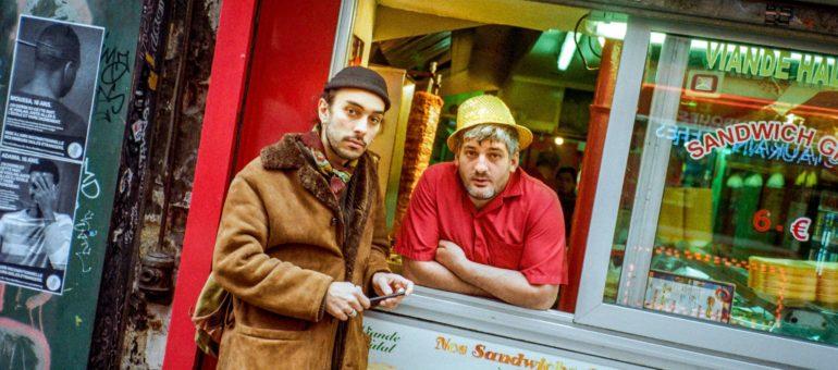 «Le kebab a toujours ses papiers sur lui» : des viandes sur le grill de l'Europe