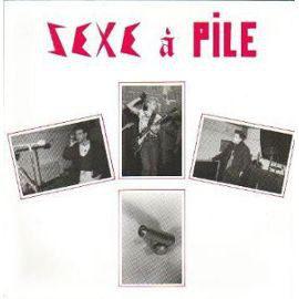 L'album Pas vraiment méchant du groupe Sexe à Pile est sorti en 1984.