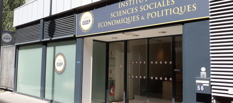 On a visité l'ISSEP, l'école de Marion Maréchal ou l'espace d'entraînement de militants