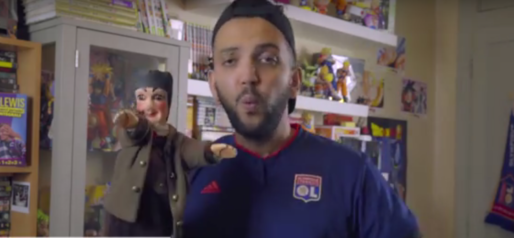 Jhon Rachid et son pote Guignol. Capture d'écran de sa vidéo sur Lyon / Rue89Lyon.
