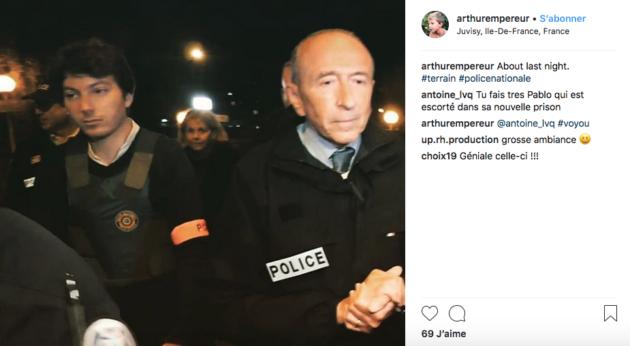 """Arthur Empereur avec un brassard """"police"""" sur son compte Instagram."""