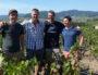 De gauche à droite : Sébastien Congretel, Fabien Forest, Cédric Lecareux et Raphaël Chopin. Une partie des membres actifs de l'association des vignerons de Lantignié. ©LB/Rue89Lyon