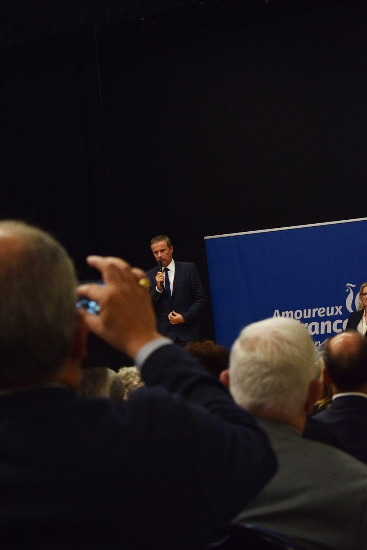 Nicolas Dupont-Aignan, président de Debout la France, à Oullins. © Aurélien Defer