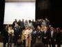 """Les participant de la """"conférence citoyenne"""" sur les rapports entre la police et la population. Quatrième et troisième en partant en bas à droite : la maire de Vaulx, Hélène Geoffroy et David Clavière, préfet de police. ©Mehdi El Atalati"""