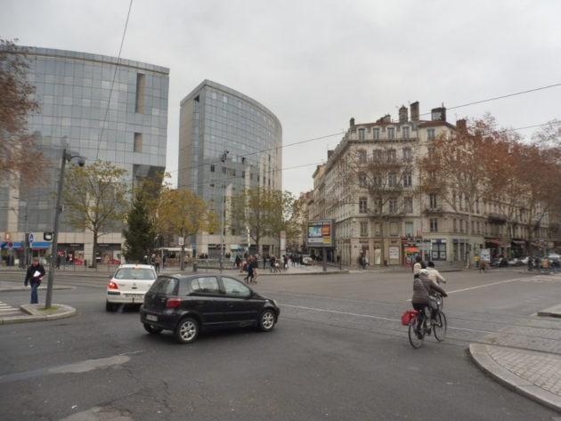 La place Gabriel Péri, dite « place du Pont ». @ Alexis Demoment / Rue89Lyon.