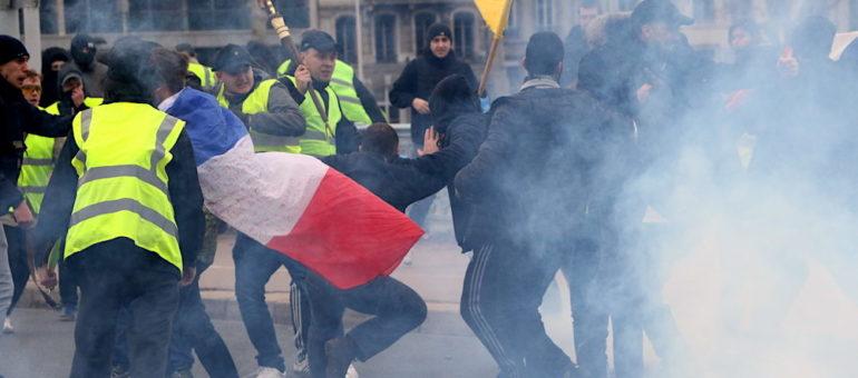 «Gilets jaunes» à Lyon : des attaques de l'extrême droite chaque samedi, jusqu'où?