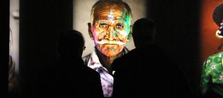 La rétrospective du photographe Steve McCurry à Lyon: «La capture de l'humain, presque de l'âme»