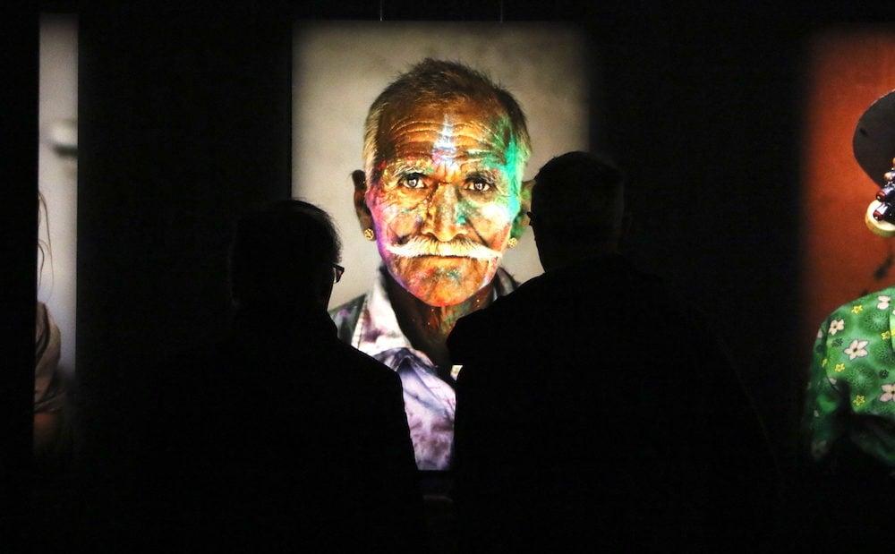 """Photographies de Steve McCurry à l'exposition """"le monde de Steve McCurry"""" à La Sucrière Lyon le 7 février 2019. ©MG/Rue89Lyon"""