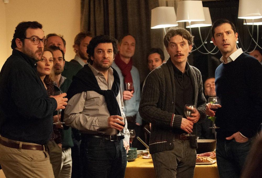 """De gauche à droite, les quatre principaux membres de La Parole libérée dans le film de François Ozon """"Grâce à Dieu"""". De gauche à droite : François (Denis Menochet), Gilles (Eric Caravaca), Emmanuel (Swann Arlaud) et Alexandre (Melvil Poupaud)."""