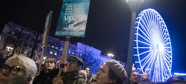 «Appel à l'union contre l'antisémitisme»: un très large rassemblement à Lyon