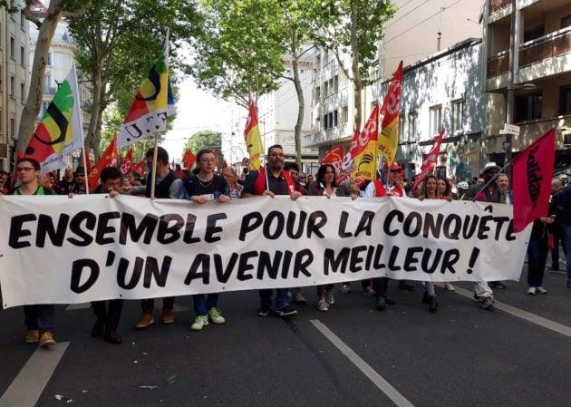Banderole de l'intersyndicale du 1er mai 2019 à Lyon. ©LB/Rue89Lyon