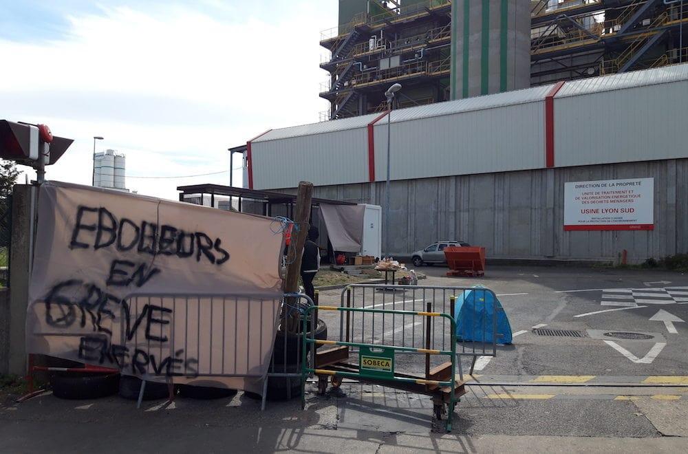 L'incinérateur de Gerland a été bloqué une semaine durant. Les trois fours ont été mis à l'arrêt. Une première, selon les grévistes. ©LB/Rue89Lyon