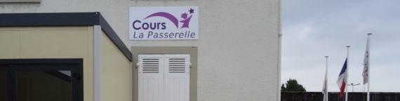 Entrée Cours La Passerelle, Pierre-Bénite