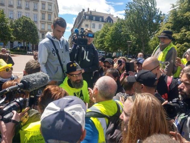"""Jérôme Rodrigues, figure du mouvement des """"gilets jaunes"""" annoncé et présent à Lyon pour cette manif nationale. ©NM/Rue89Lyon"""